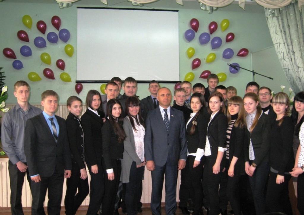Юрий Старкин на встрече со школьниками